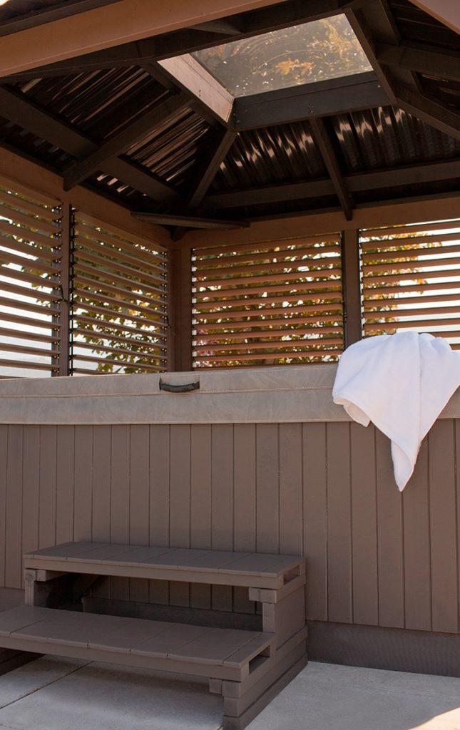 windsor visscher gazebo hot tub in Ontario