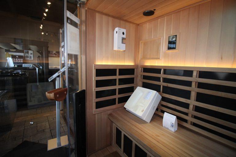 Jacuzzi Oakville Infrared Sauna