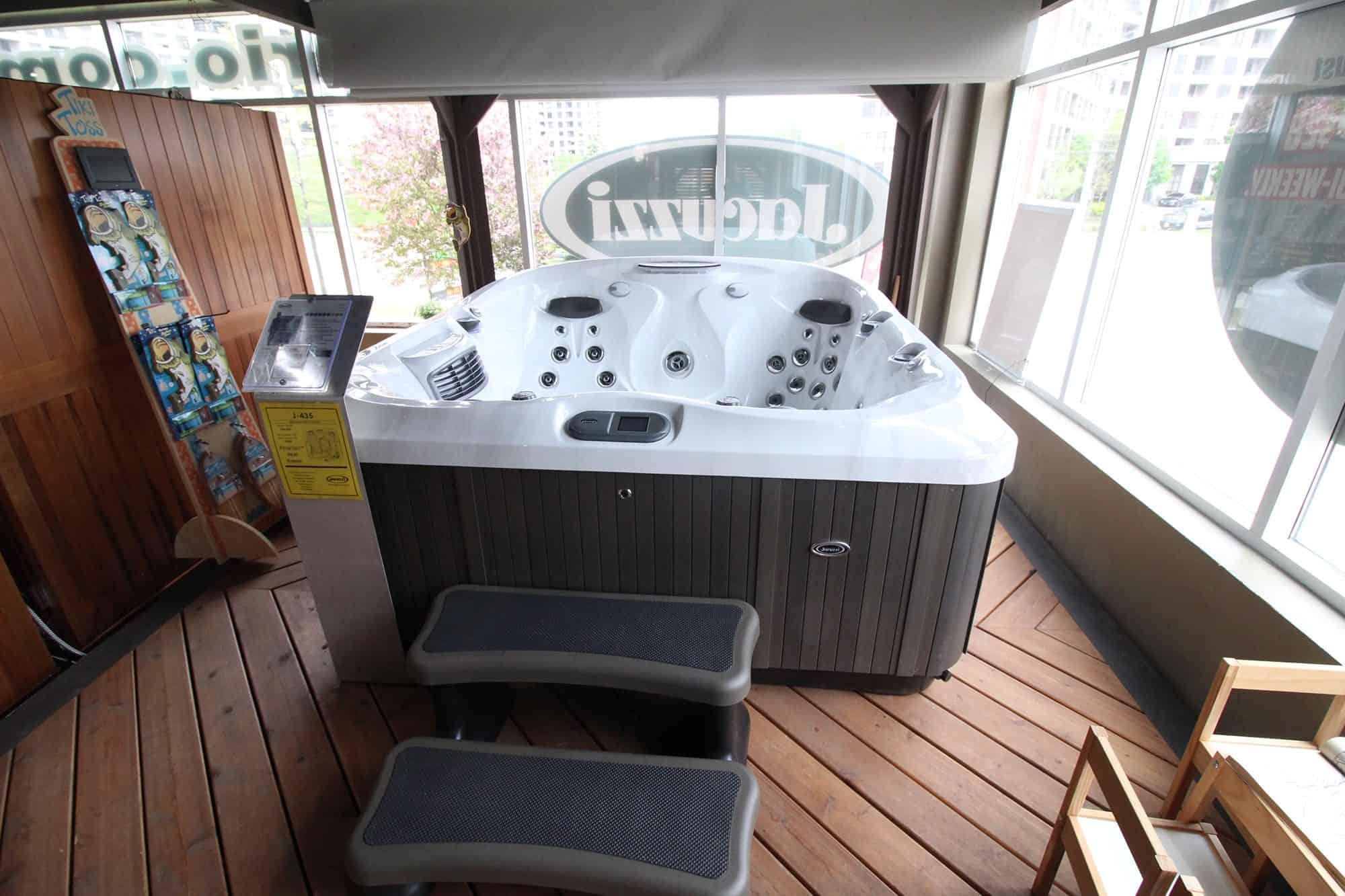 Jacuzzi Vaughan hot tub showroom