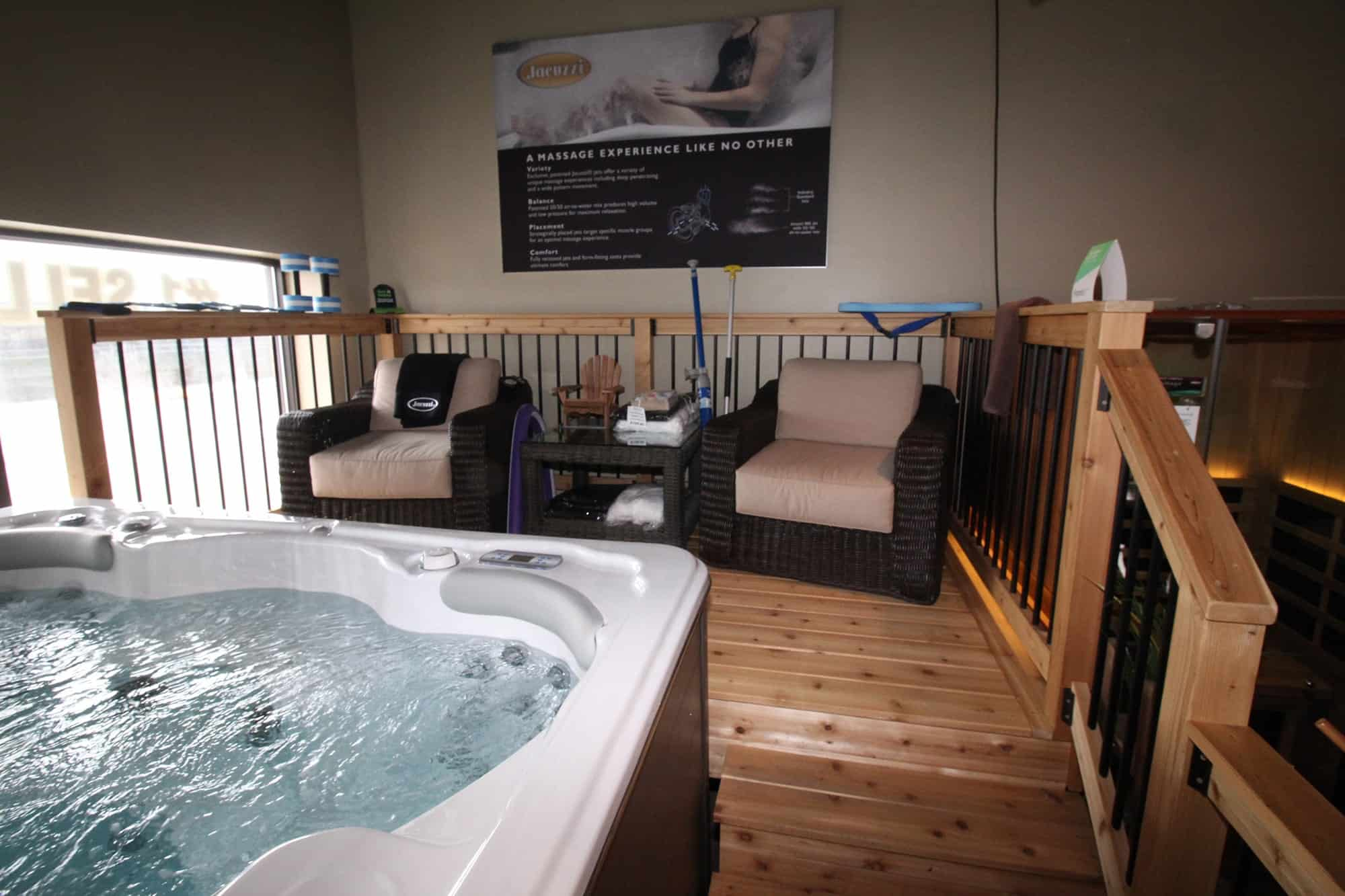 Jacuzzi Whitby All Season Pool Swim Spa