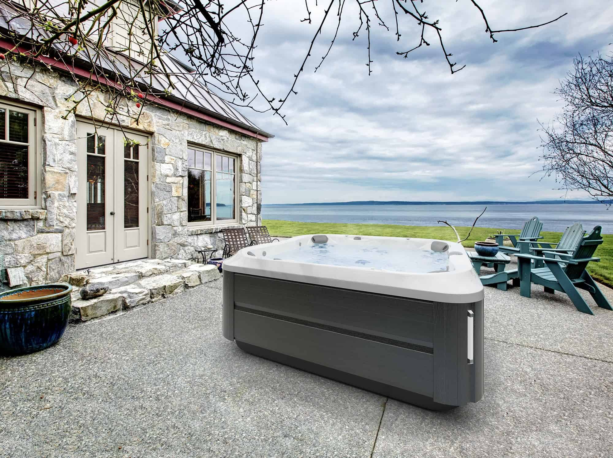 J-385 Jacuzzi Hot Tub in Ontario