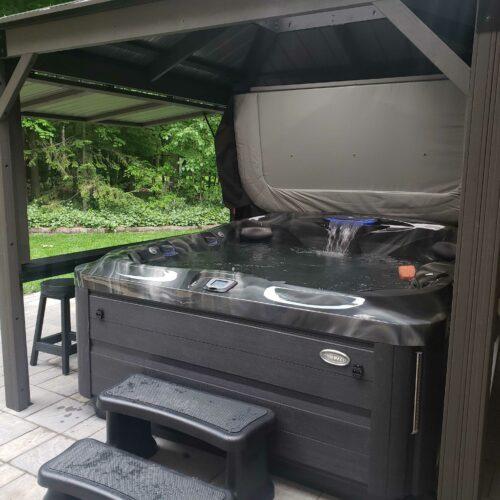 gazebo-hot-tub-installation2