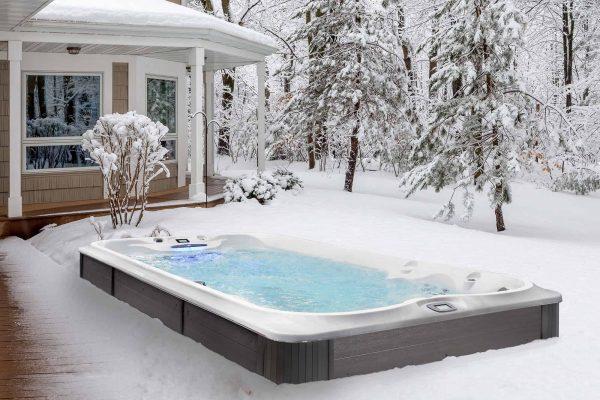 Jacuzzi PowerPro Swim Spa All Season Pool in Winter